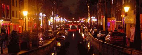 Le Prostitute del Quartiere a Luci Rosse di Amsterdam