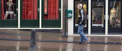 Amsterdam, Quartiere a Luci Rosse Vetrine sostitute da Atelier di Moda