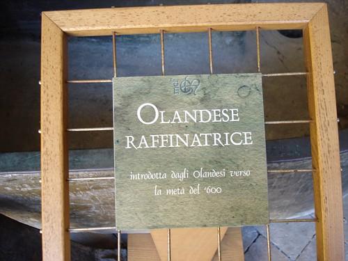 Museo della Carta Fabriano: La Raffinatrice Olandese Etichetta