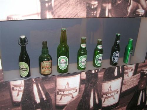 Amsterdam, l'Heineken Experience, le Bottiglie