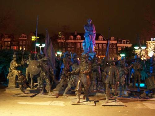 Amsterdam, le Statue a Natale