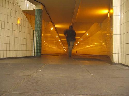 L'Olandese che si autofotografa mentre scappa